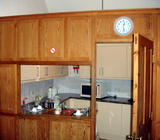 Kitchen From Foyer Right (67 kbytes) - Click to enlarge
